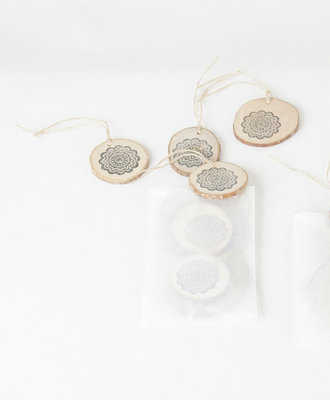 RESCUED! - WoodSlice set of 4 with lace