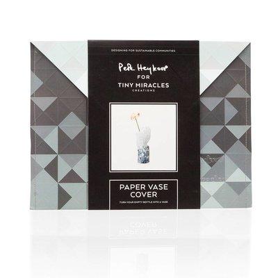 Pepe Heykoop - Paper Vase Cover Large - Grey Gradient