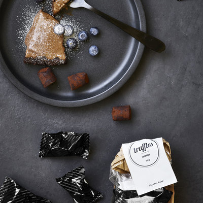 Nicolas Vahé - Chocolate truffles with liquorice